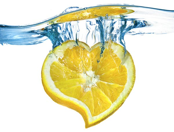 Benefits-of-drinking-lemon-water-1-s