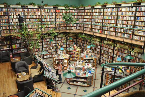 Inspiring Bookstores Around the World-3