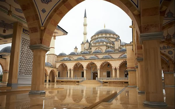 Akhmad_Kadyrov_Mosque_