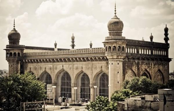 Mecca_Masjid_India