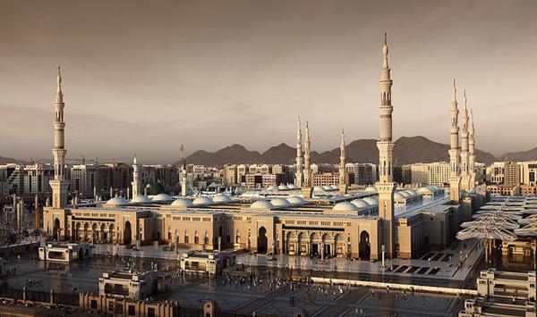 Mosque_of_the_Prophet_Saudi_2_Arabia