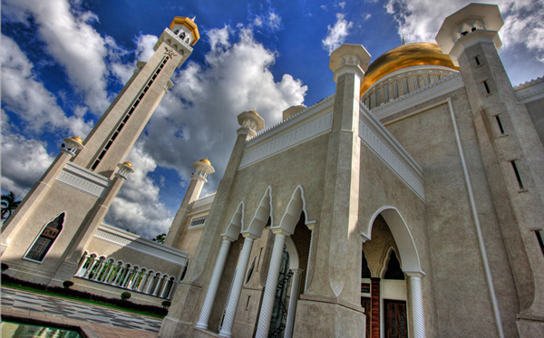 Sultan_Omar_Ali_Saifuddin_Mosque_Brunei2