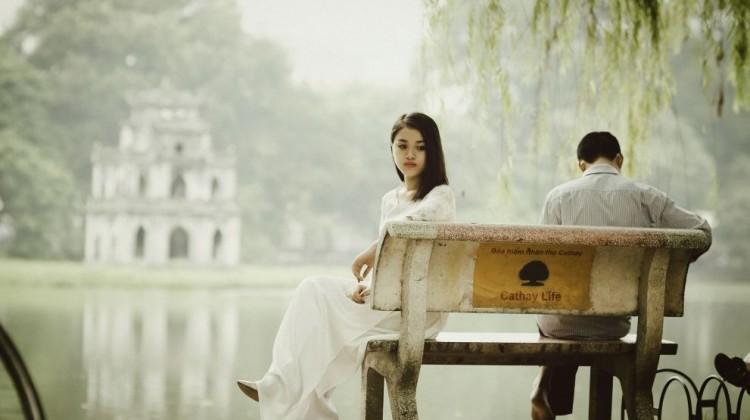 unhappy-couple