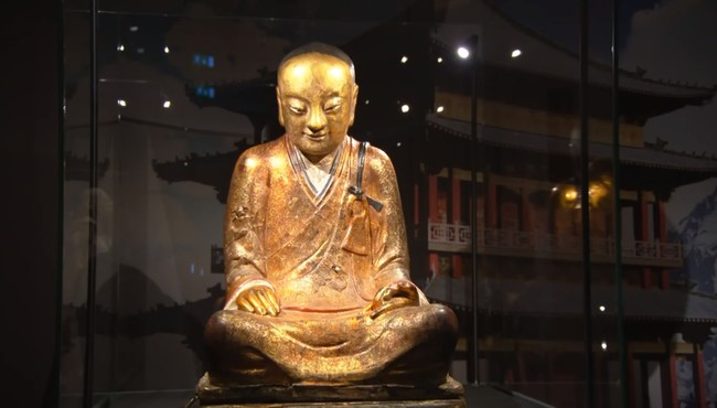 Buddhist-statue-located-at-the-Drents-Museum