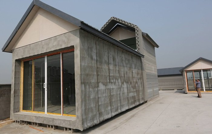 Chinese-Company-3D-Printed-10-Houses-In-A-Day-2