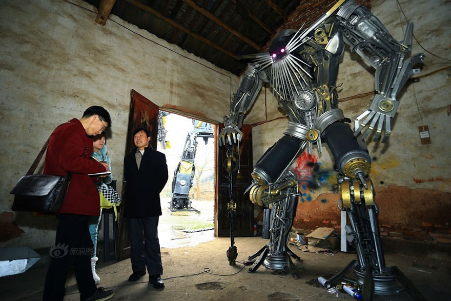 Build-Transformers-From-Scrap-Metal-In-China-6