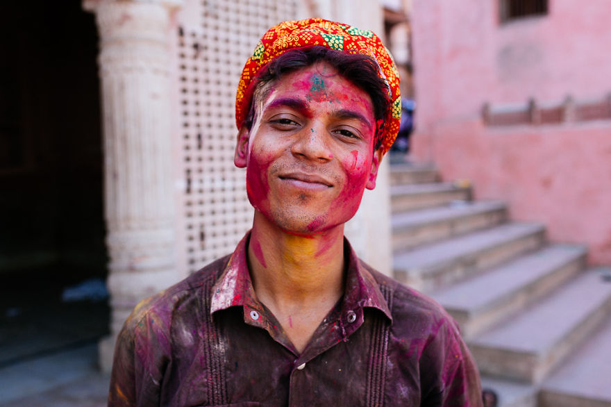 Holi-festival-welcomes-spring-in-India-23
