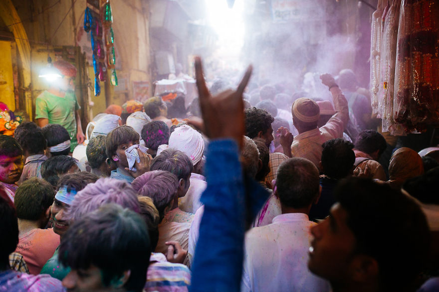 Holi-festival-welcomes-spring-in-India-4