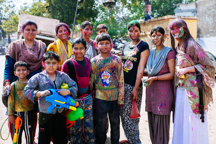 Holi-festival-welcomes-spring-in-India-7