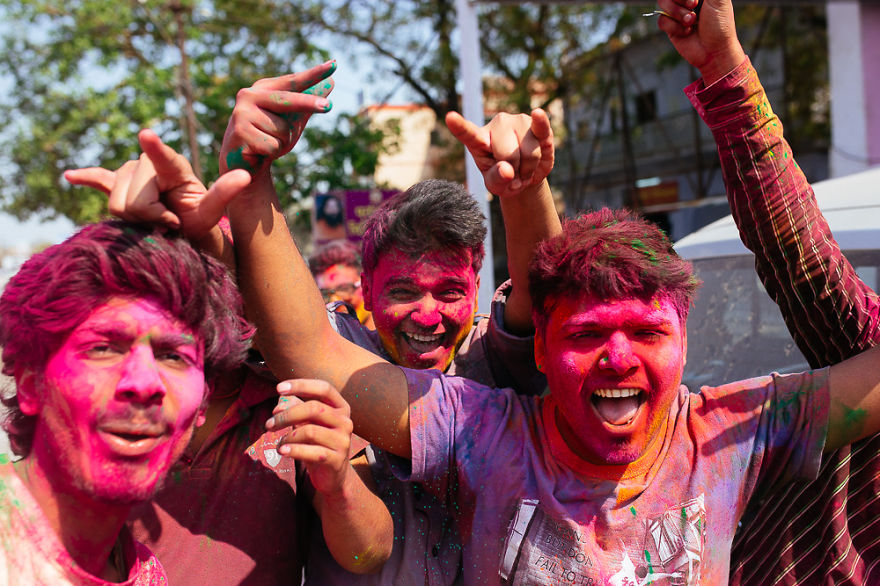 Holi-festival-welcomes-spring-in-India-9