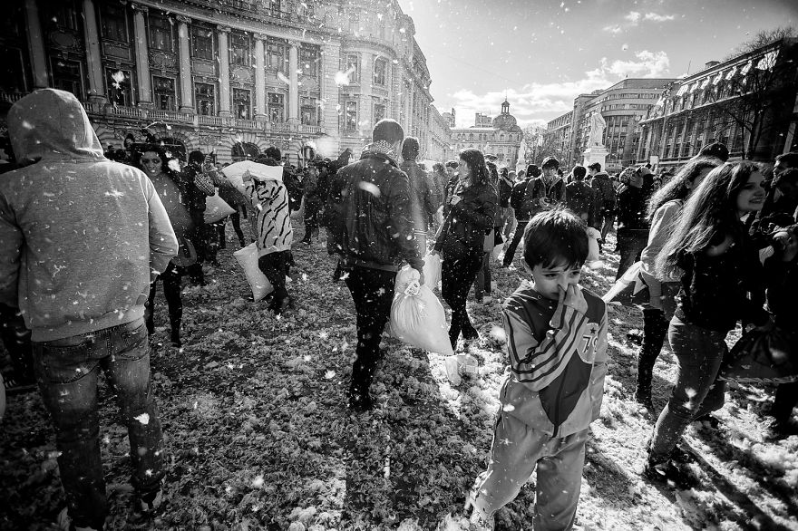 International-Pillow-Fight-Day-In-Bucharest-Romania-20