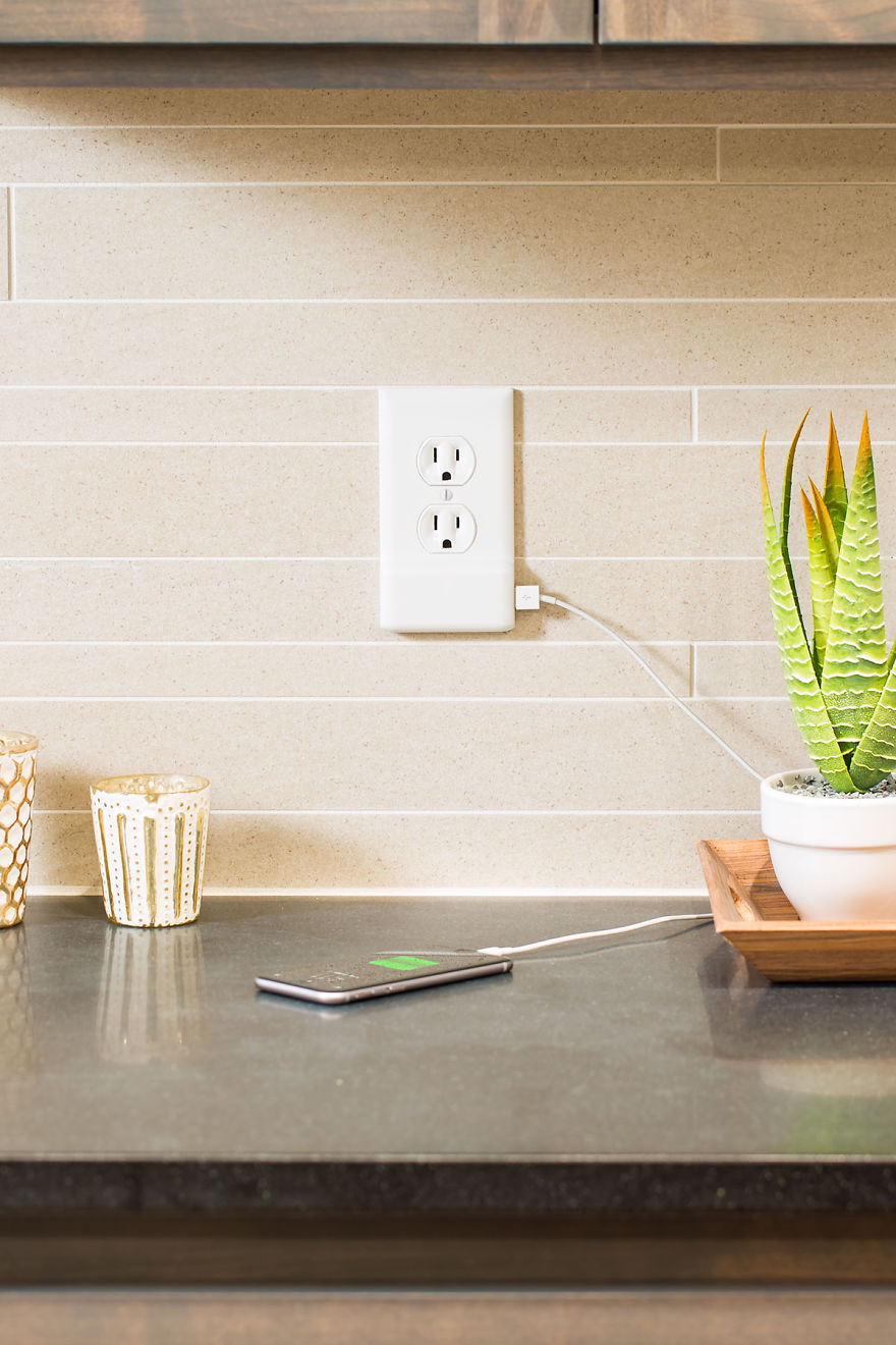 SnapPower-Charger-Turns-Your-Wall-Into-A-USB-Charger-4