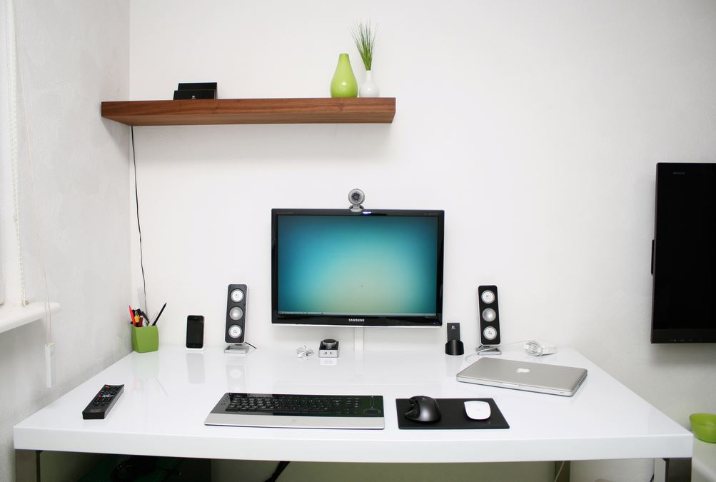 Tidy-Modern-Workspace