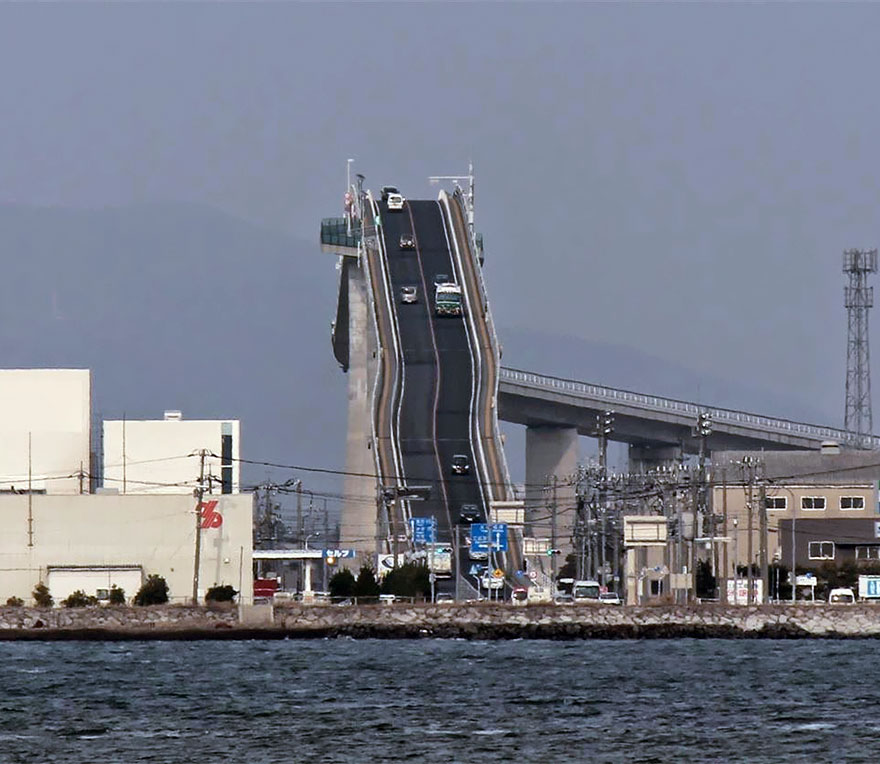 rollercoaster-bridge-eshima-ohashi-japan-2