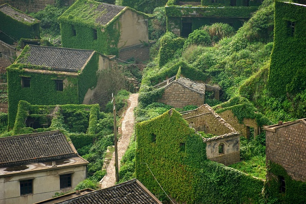 Abandoned-Chinese-Fishing-Village-2