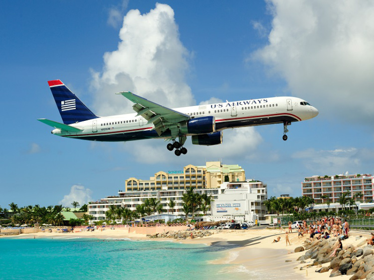 Breathtaking-Pictures-of-Princess-Juliana-International-Airport-Sint-Maarten-3