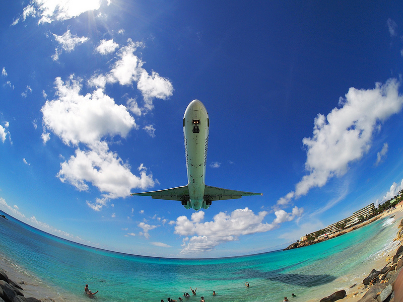 Breathtaking-Pictures-of-Princess-Juliana-International-Airport-Sint-Maarten-7