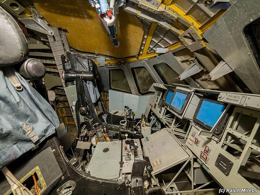 Sad-Remains-Of-The-Soviet-Space-Shuttle-Program-Baikonur-Cosmodrome-in-Kazakhstan-13