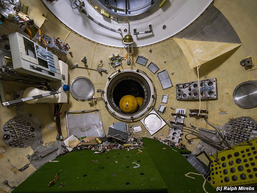 Sad-Remains-Of-The-Soviet-Space-Shuttle-Program-Baikonur-Cosmodrome-in-Kazakhstan-17