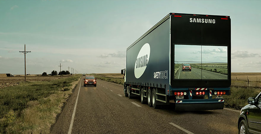 safety-truck-samsung-semi-trailer-display-video-screen-live-feed