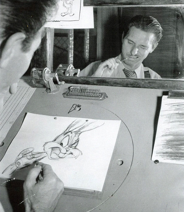 Disney-Animators-Study-Reflections-Mirror-Draw-Characters-Right (3)
