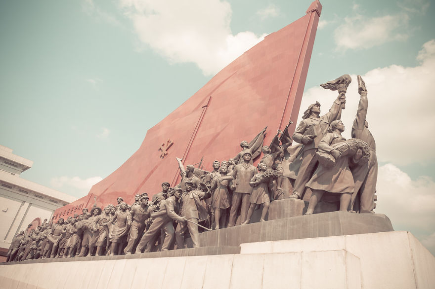 38e-parallle-north-North-Korea- Secretive-Capital-Pyongyang  (16)