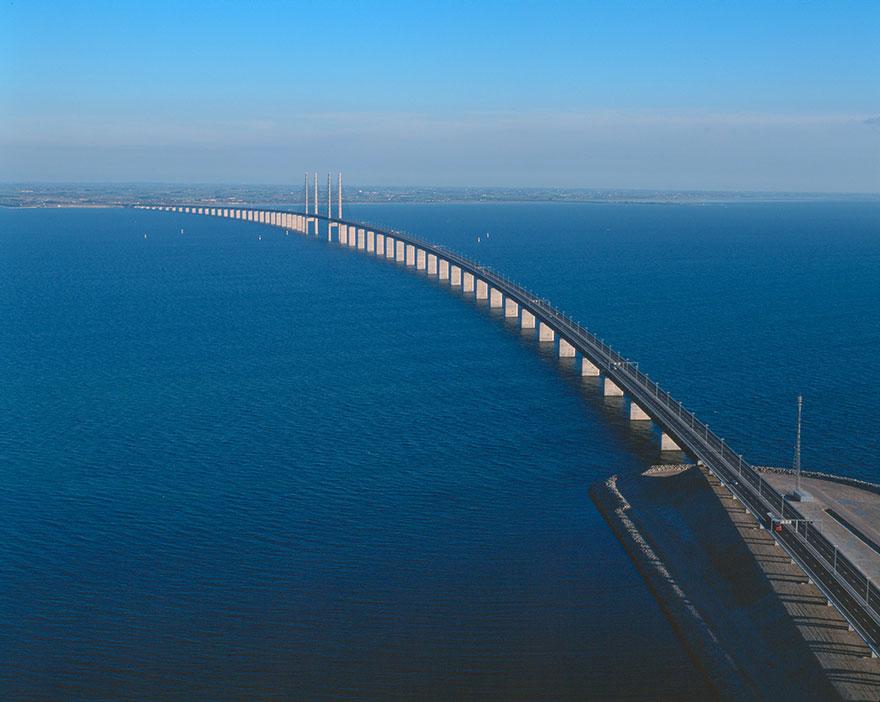 Underwater-tunnel-bridge-oresund-link-artificial-island-sweden-denmark (5)