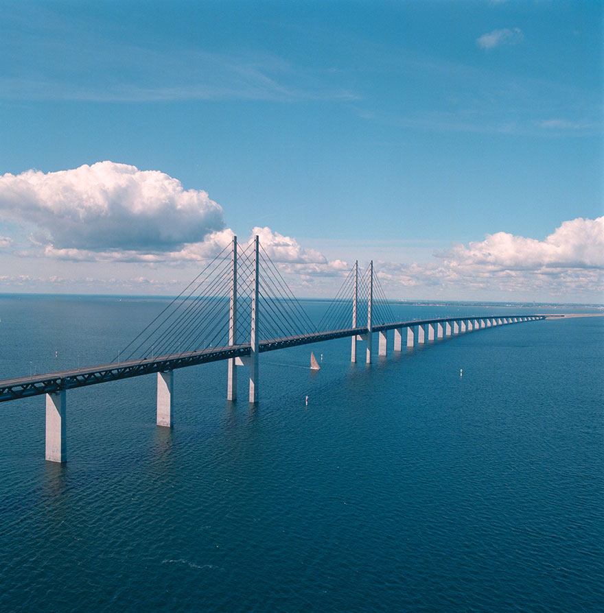 Underwater-tunnel-bridge-oresund-link-artificial-island-sweden-denmark (7)