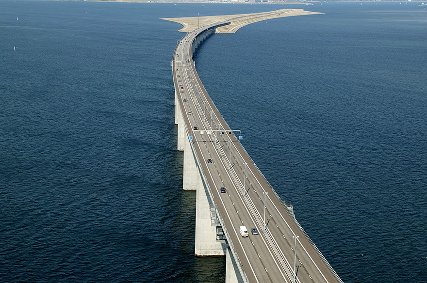 Underwater-tunnel-bridge-oresund-link-artificial-island-sweden-denmark (8)