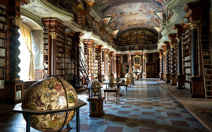 World-Most-Beautiful-Library-klementinum-national-library-czech-republic-4