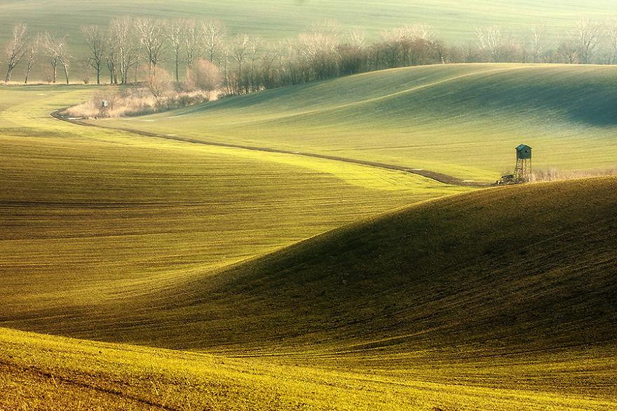 Beauty-Of-Moravian-Fields-In-The-Chech-Republic (14)