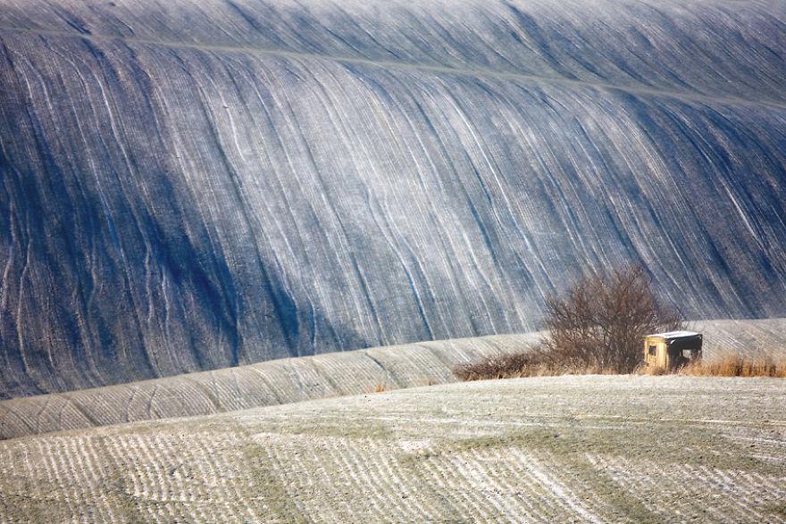 Beauty-Of-Moravian-Fields-In-The-Chech-Republic (9)