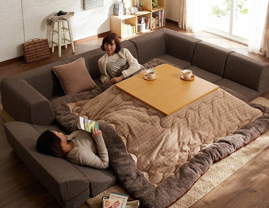kotatsu-japanese-invention-heating-bed-table (2)