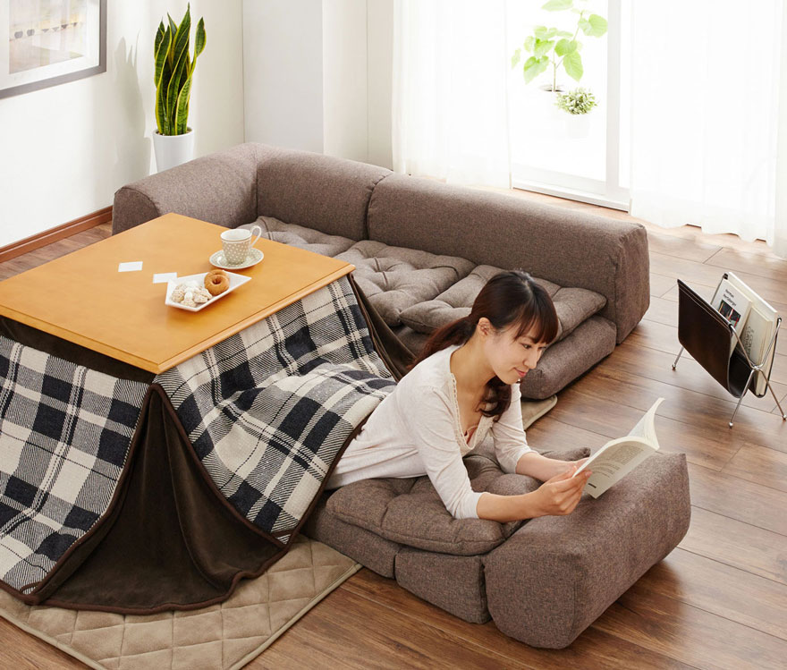 kotatsu-japanese-invention-heating-bed-table (7)