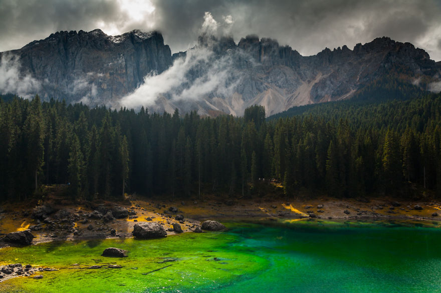 autumn-in-the-dolomites-of-italy-photographs (3)