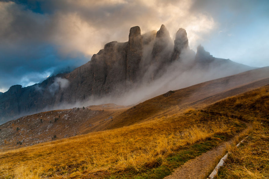 autumn-in-the-dolomites-of-italy-photographs (6)
