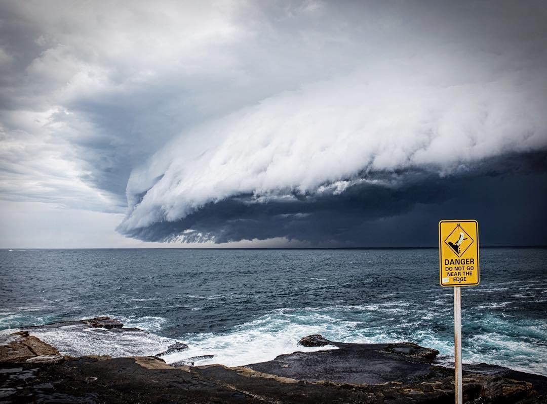cloud-tsunami-sydney-australia (1)