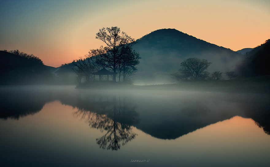 reflection-landscape-capture-beauty-of-south-korea-photography-jaewoon-u (4)