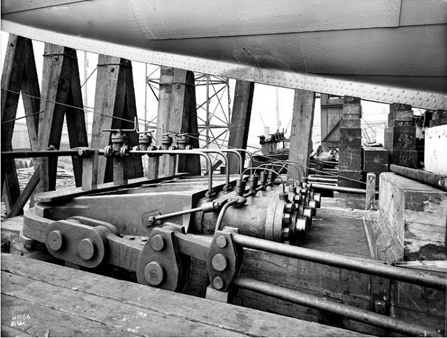 Fantastic-Rare-Pictures-Showing-Construction-Of-The-Titanic-10