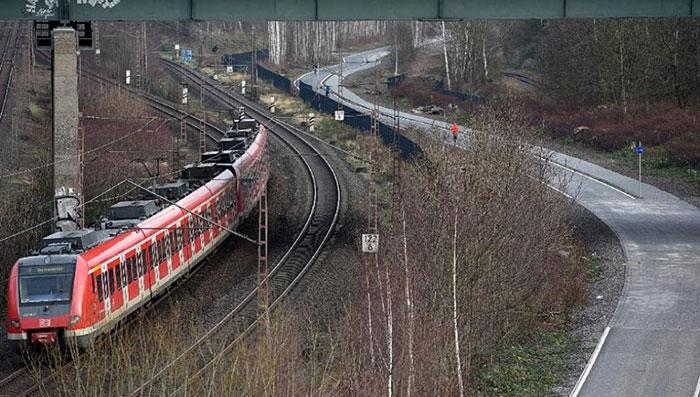 bicycle-highway-autobahn-germany (5)