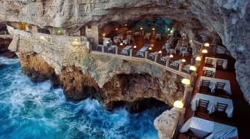 talian-cave-restaurant-grotta-palazzese-polignano-mare