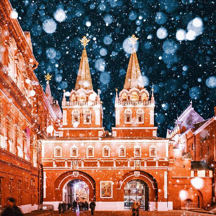 moscow-city-looked-like-a-fairytale-during-orthodox-christmas-14