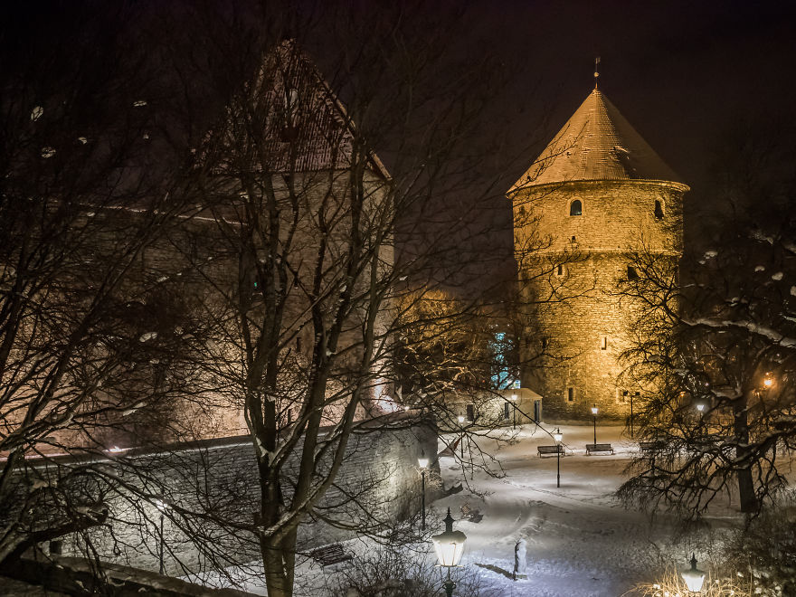 travelling-back-in-time-15-pictures-of-medieval-tallinn (4)