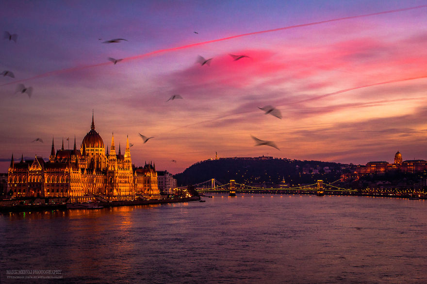 Perfect-Lights-To-Show-The-Real-Beauty-Of-Budapest (8)