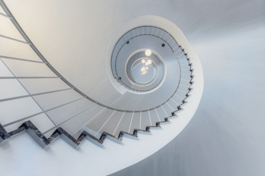 travel-around-germany-to-photograph-amazing-staircases (10)