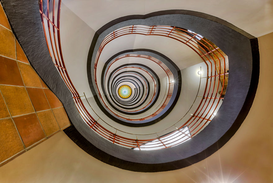 travel-around-germany-to-photograph-amazing-staircases (11)