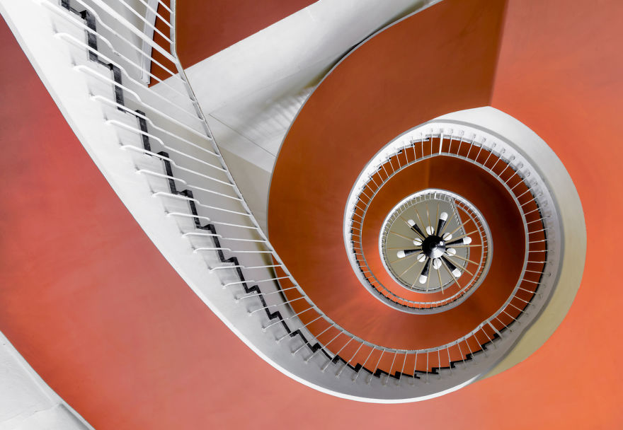 travel-around-germany-to-photograph-amazing-staircases (15)