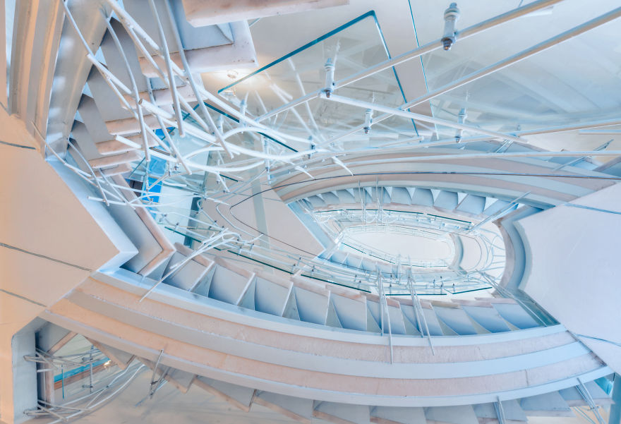 travel-around-germany-to-photograph-amazing-staircases (16)