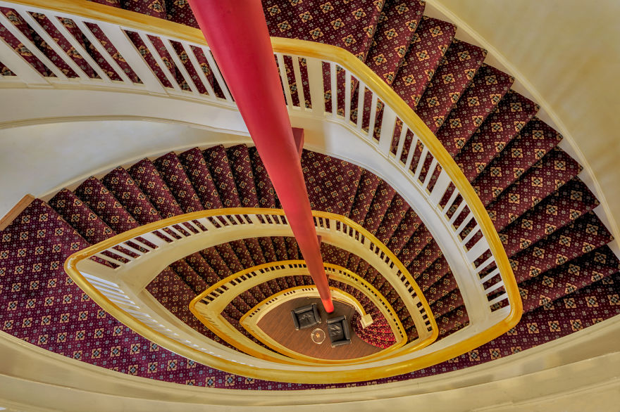 travel-around-germany-to-photograph-amazing-staircases (4)