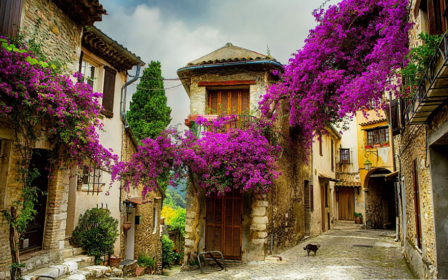 The-Most-Beautiful-Fairy-Tale-Villages-In-The-World
